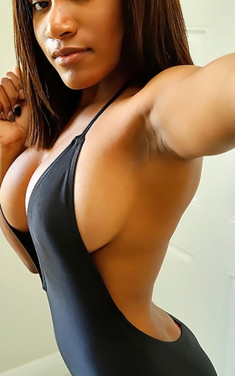 Indigo vanity nude